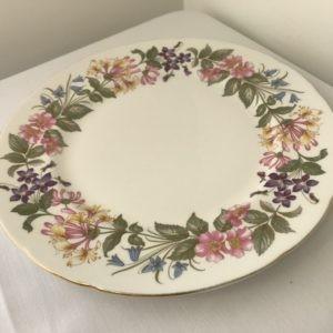 "Vintage Dinner Plate 10/11"" Hire"