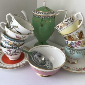 Mismatched crockery hire LVCH